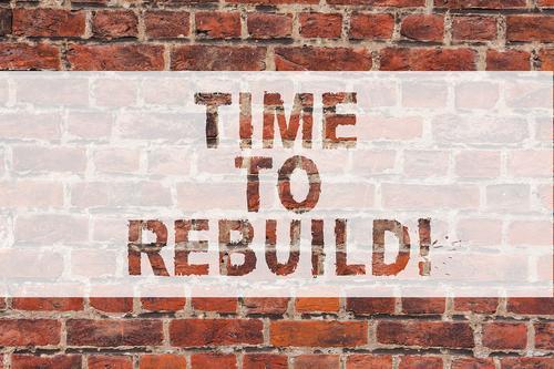 Vamos brincar de destruir seu negócio para reconstruir com criatividade?